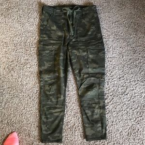 AE Camo Super High Rise Jegging Crop